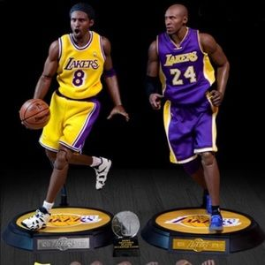 PRE-ORDER NBA COLLECTION KOBE BRYANT ACTION FIGURE